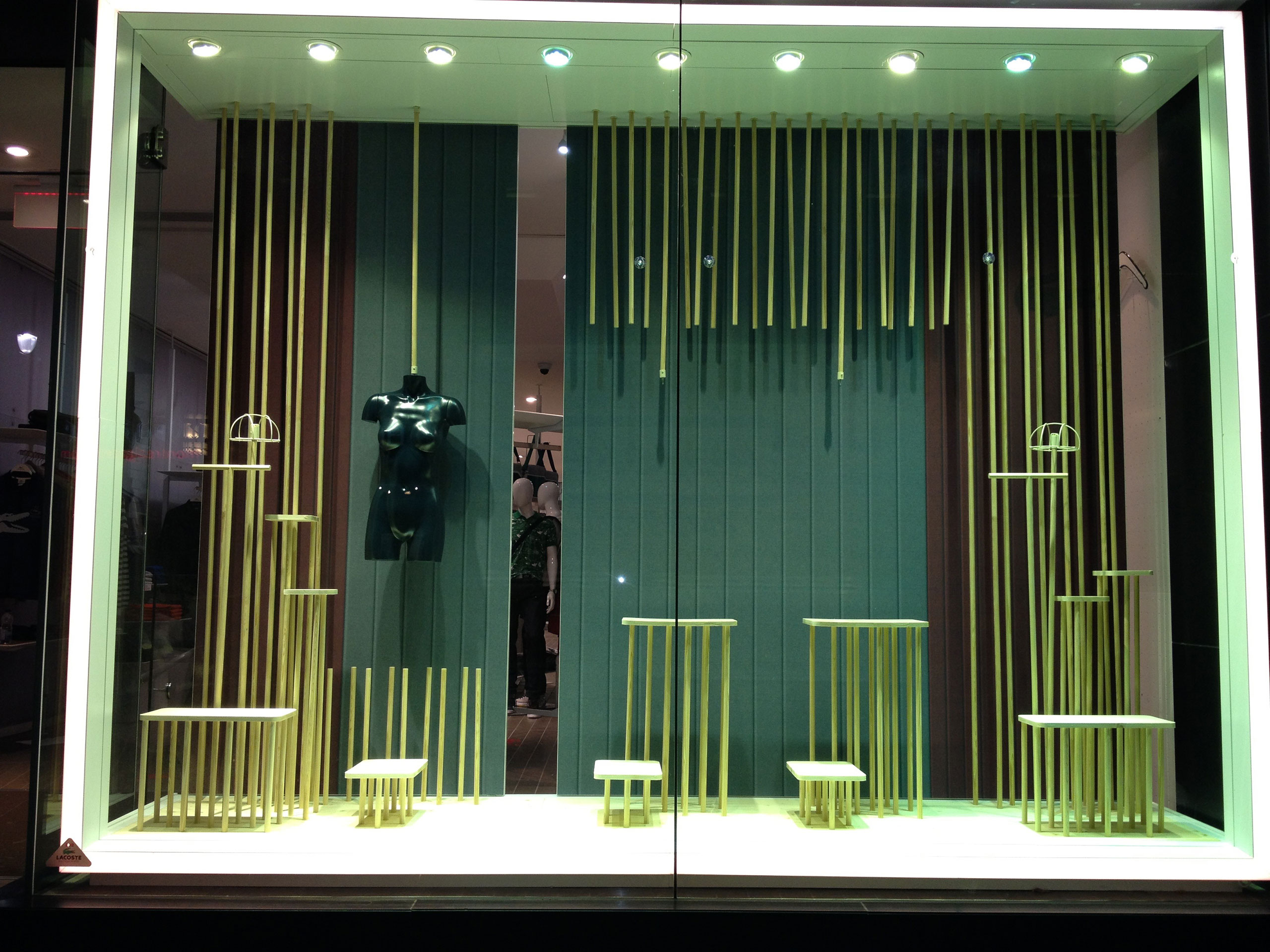ae3020f2c Storefront Lacoste Usa - Montreal - Kiosk Dimensions